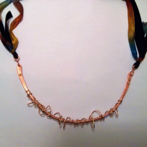 Chaotic Necklace