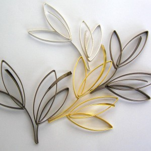 Sketch Style Wire Leaf
