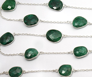 Sterling Silver Chain w/Bezelled Dyed Emerald 11.9x13.4 to 17.4x19.5mm - 1 Foot