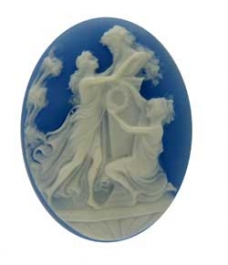 40x30mm Ladies at The Altar Oval Fashion Cameo